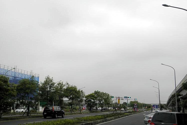 圖片:房屋實價交易金額 新北市勝台中市