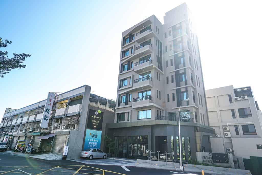 圖片:台中新成屋 | 境上景 東區大樓店住 一層一戶電梯管制 視野無限遼闊 充足的日照採光身心舒暢