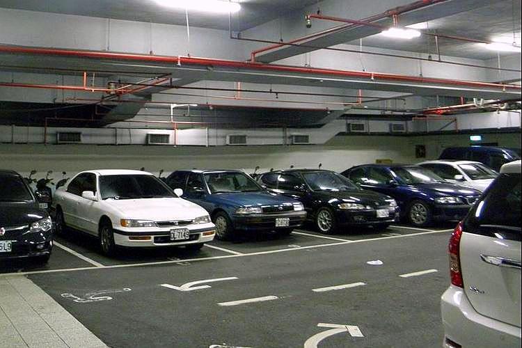 圖片:車位買賣停看聽 契約書要載明計算方式