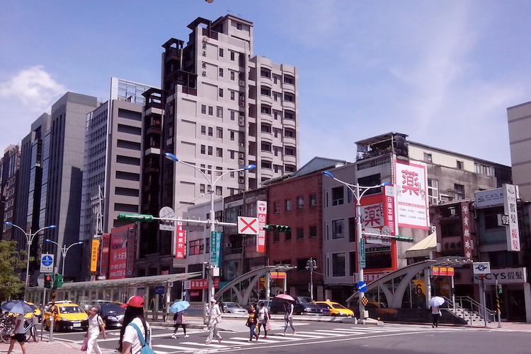 圖片:快樂購屋術 比價前先挑用心建商