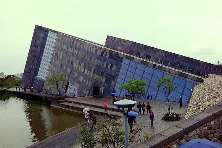 圖片:重劃區特區巡禮 烏石港重劃區話題不斷