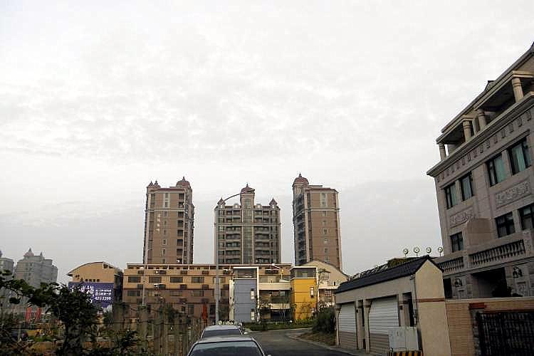 圖片:從數字看房市 家庭購屋現況還在下滑