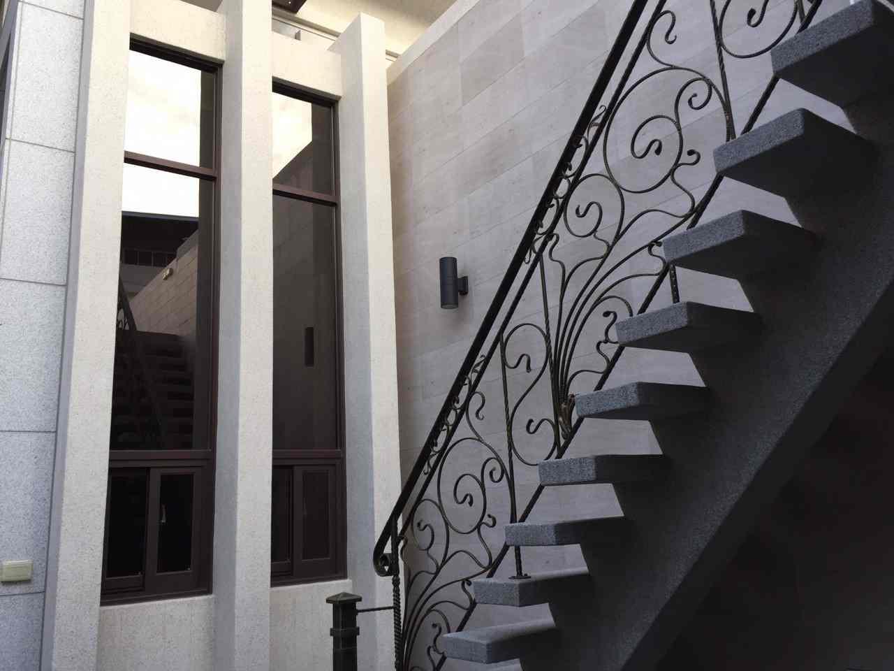 露台樓梯豪宅