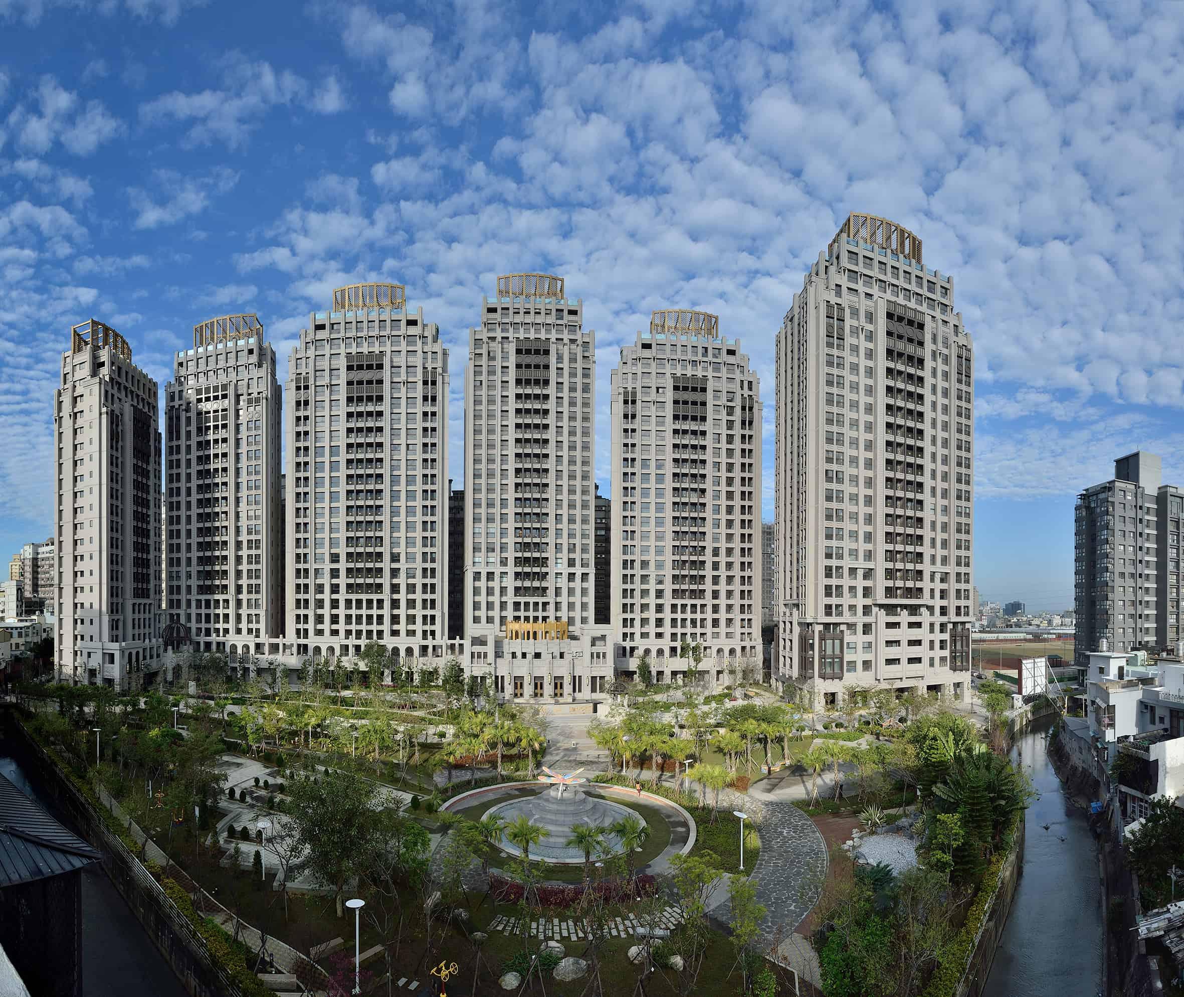 圖片:新竹東區新成屋 鴻築建設【十禮敬安】光埔唯一 4300坪大公園的家 綠意環擁 雙語學區 豪門享受