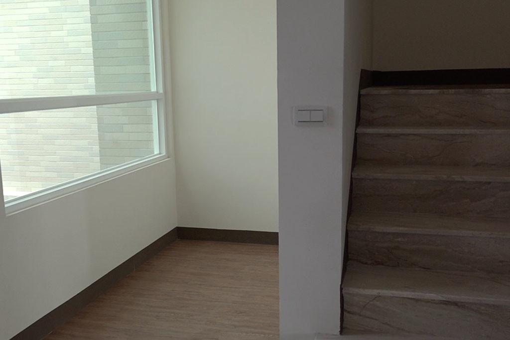 友盛海康 透明電梯預留空間