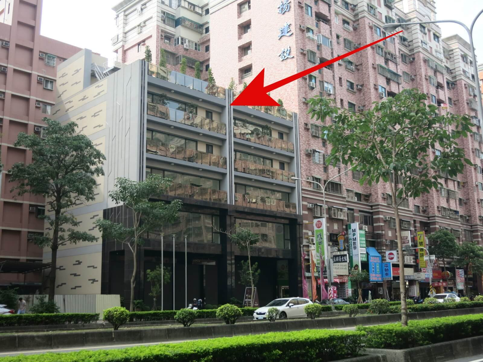 圖片:高雄左營建案 民族帝富 正民族路地王 住店、商辦、投資極品