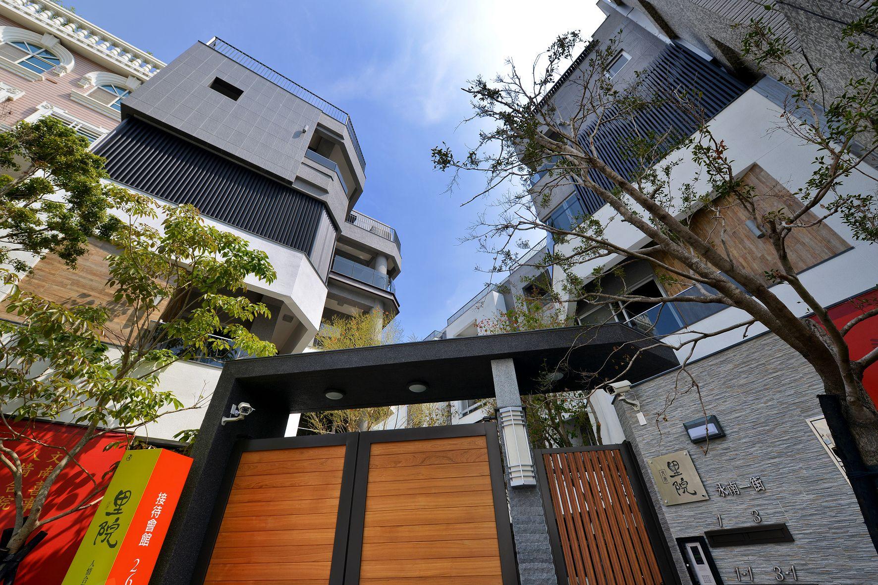 圖片:台南市南區豪宅「里院」座落文南里的人文車墅 綠意輕搖的家宅大院