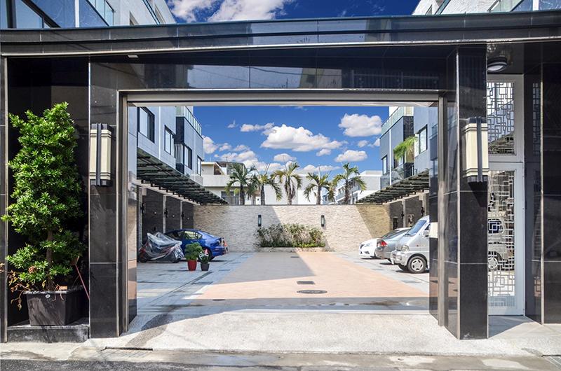圖片:「樂富居」綠可建設 台南仁德透天新成屋 只要東區1/2價買透天