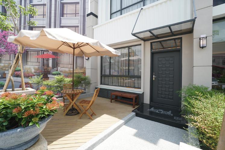 圖片:彰化社頭預售屋 | 建源春和。隱逸的中庭花園,讓日常生活添加浪漫與悠閒自在