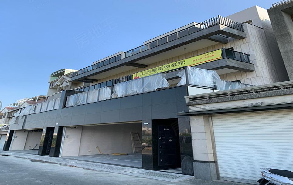 圖片:永康正四樓電梯豪墅,大面寬雙車位車庫.全新完工「宜群」