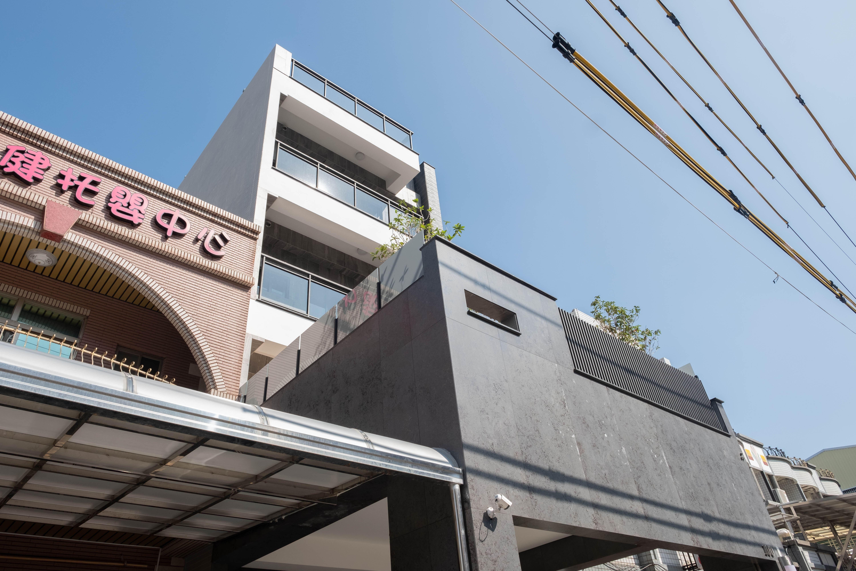 圖片:台南永康透天店住-廣禾建設 原砌15:住店辦三合一!五樓電梯豪墅